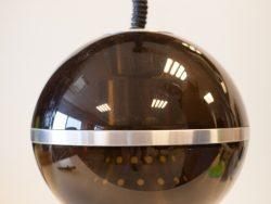 Prachtige Retro Vintage Hanglamp gemerkt aan de bovenkant met een sticker Dijkstra. De lamp is in hoogte verstelbaar.