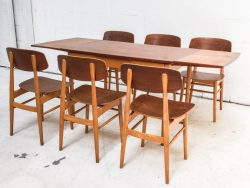 Caas Braakman Pastoe eettafel plus stoelen SB11 SB13
